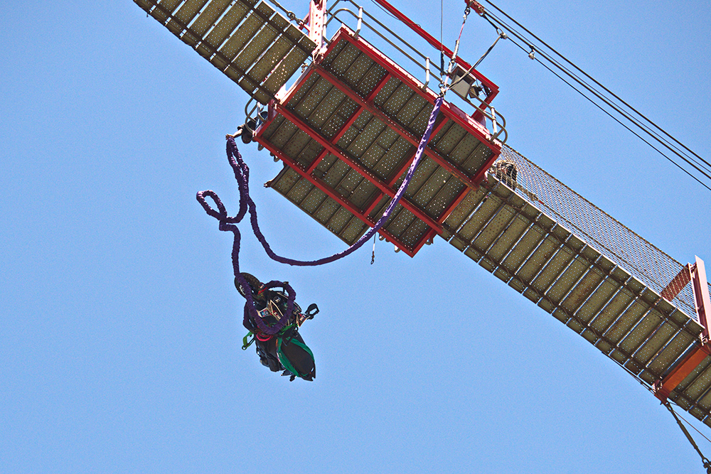 Scooter Bungee Jump