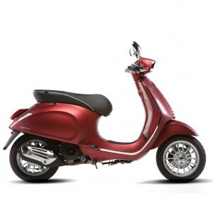Save on Vespa Sprint 150 i-GET