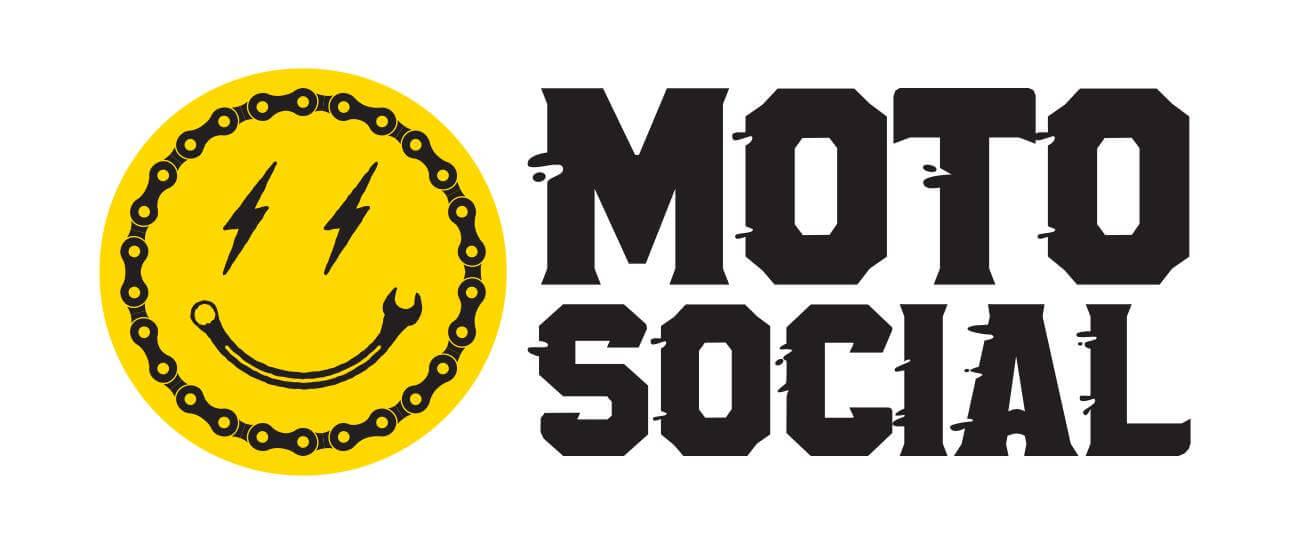 Motosocial 2.0 On the Sandbar