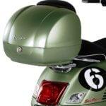 Vespa GTS 300 Sei Giorni Top Box