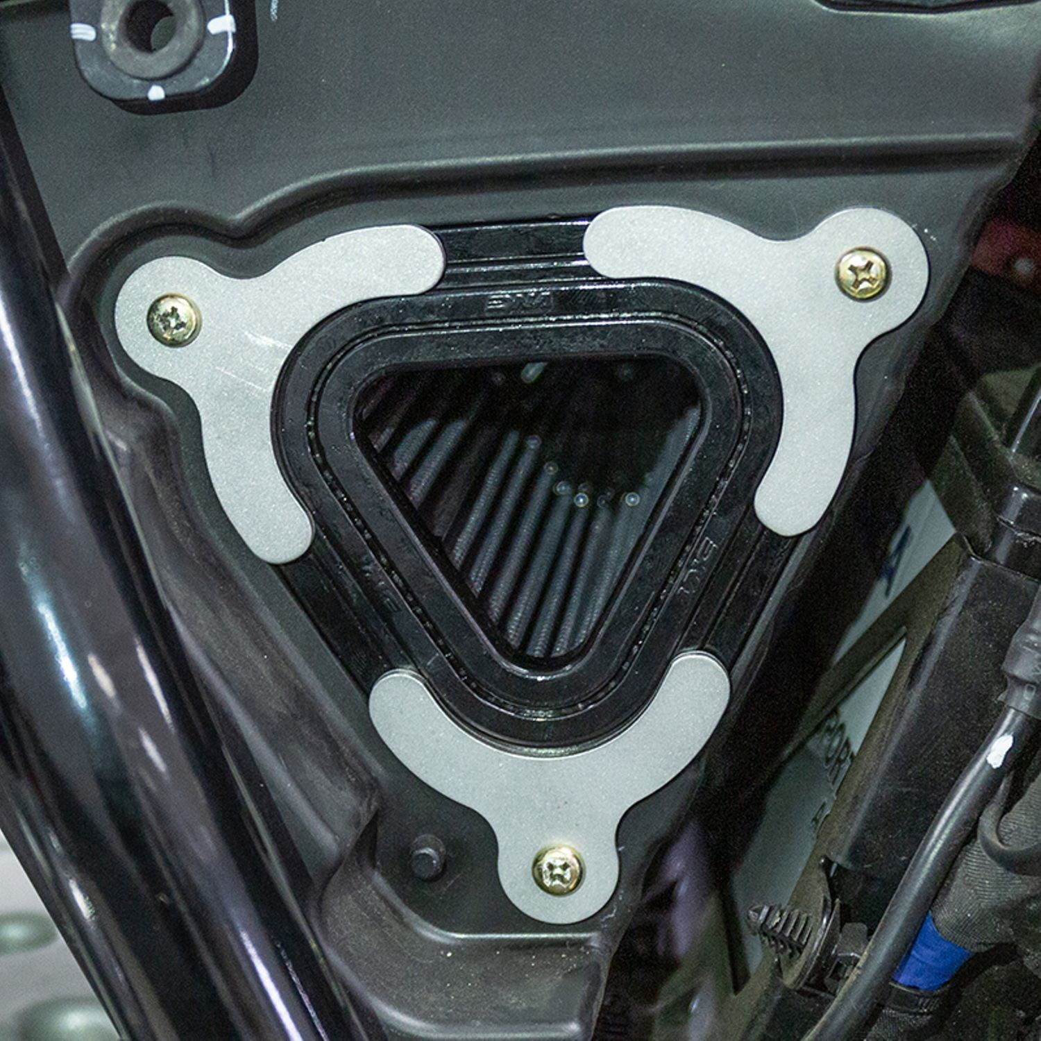 S&SHigh-Flow Air Intake Eliminator Plate Kit for Royal Enfield 650 Twins